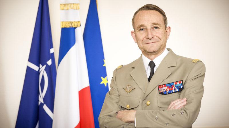 Macron konflikt z armią