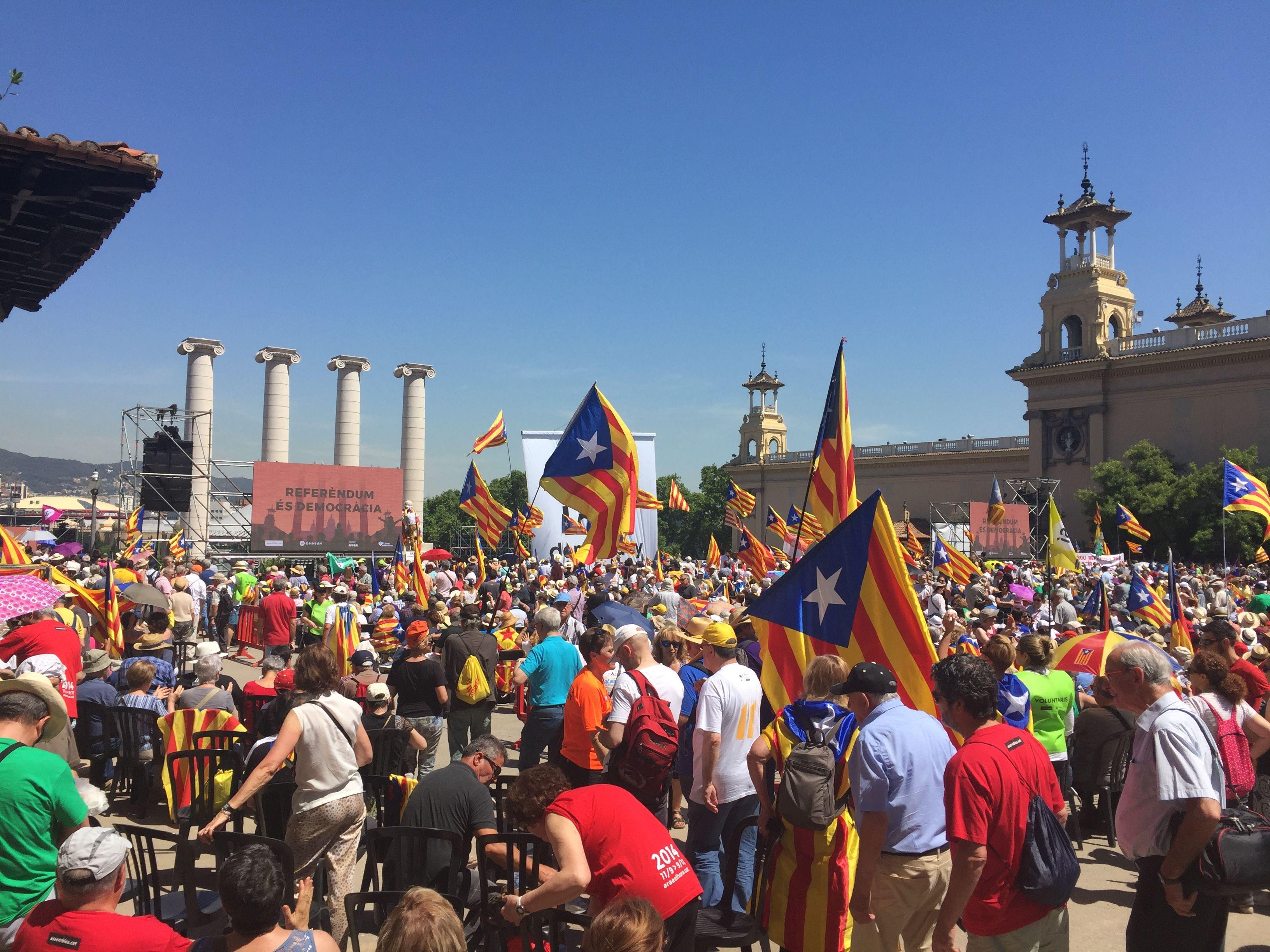 Zwolennicy niepodległości Katalonii, źródło Wikipedia