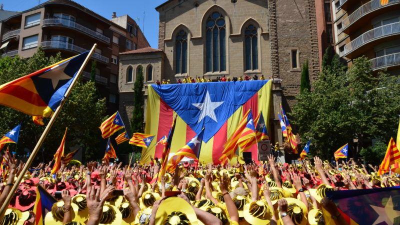 Zwolennicy niepodległości Katalonii, źródło: Wikipedia