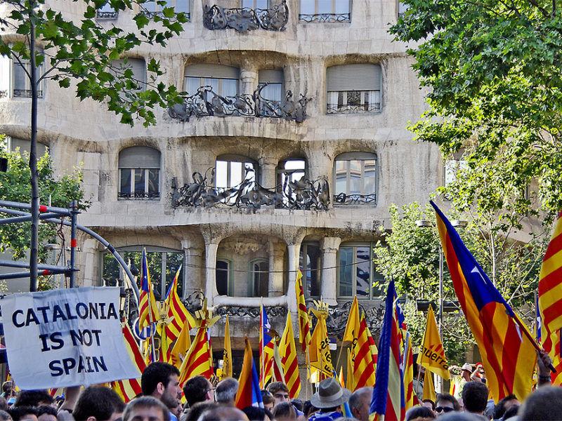 Manifestacja zwolenników niepodległości Katalonii w Barcelonie, źródło Flickr