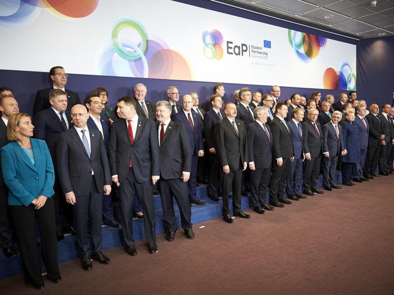 Uczestnicy 5. Szczytu Partnerstwa Wschodniego w Brukseli, źródło Komisja Europejska