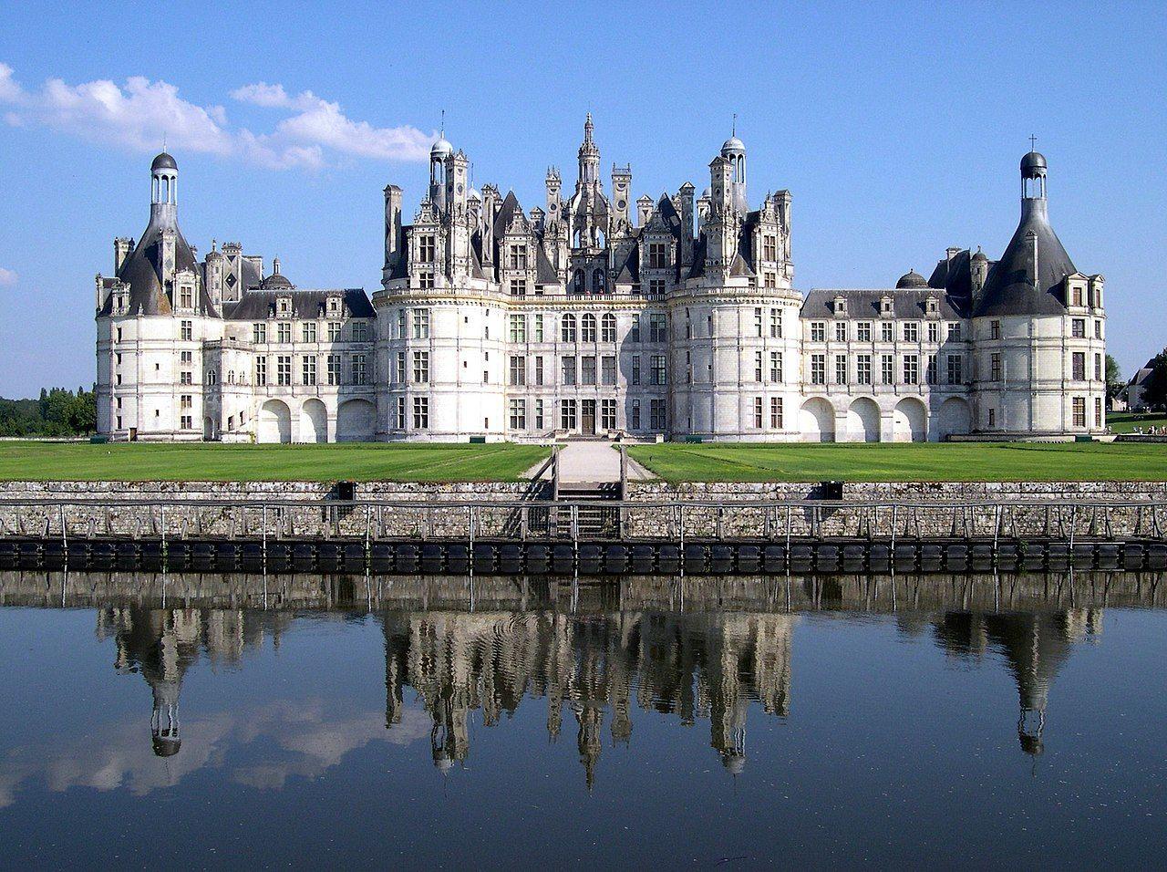 Zamek Château de Chambord, źródło Wikipedia