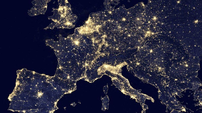 Europa nocą // źródło: NASA