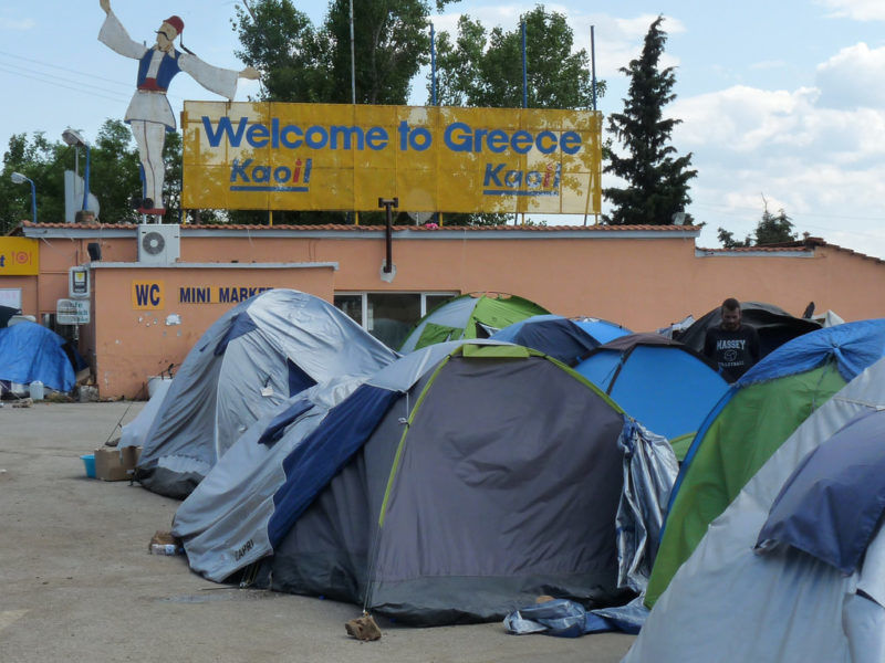 Namioty uchodźców na jednej z greckich wysp, źródło Flickr
