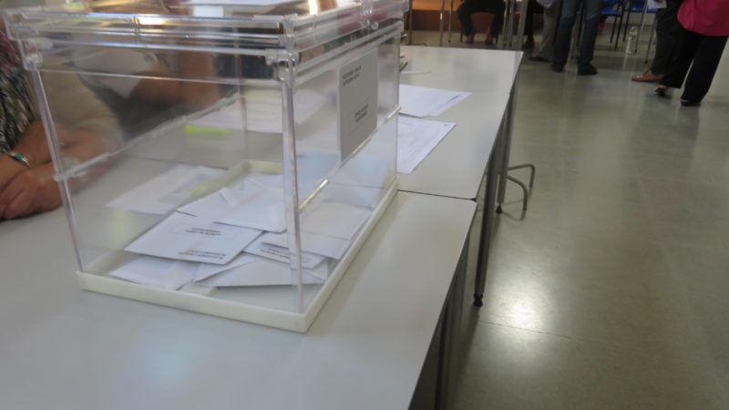 Urna wyborcza, źródło Wikipedia