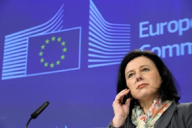 Komisarz UEds. sprawiedliwości Vĕra Jourová, źródło KE