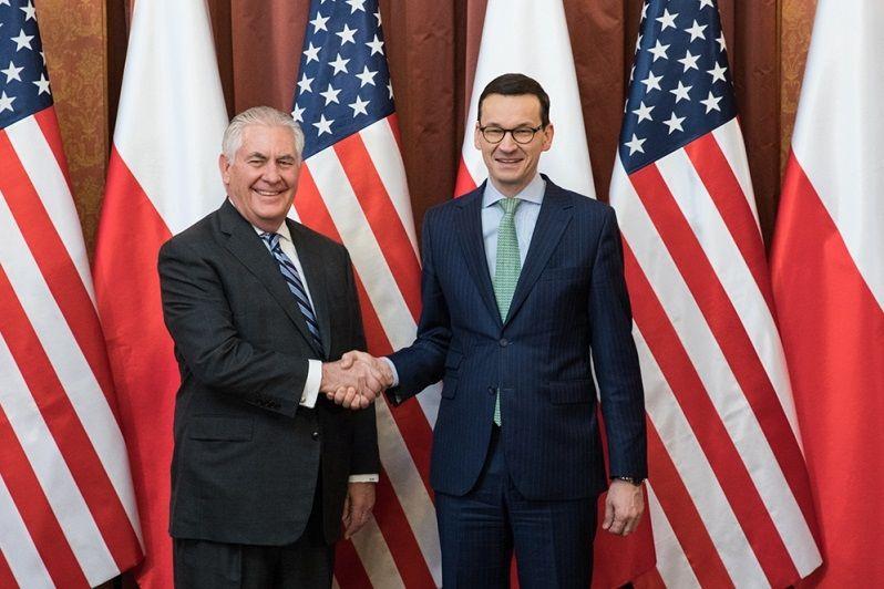 Premier Mateusz Morawiecki i sekretarz stanu USA Rex Tillerson w Warszawie, źródło KPRM