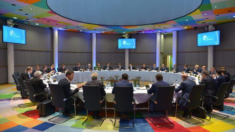 Przywódcy państw członkowskich UE na szczycie w Brukseli 23 luego 2018 r., źródło-Rada Europejska
