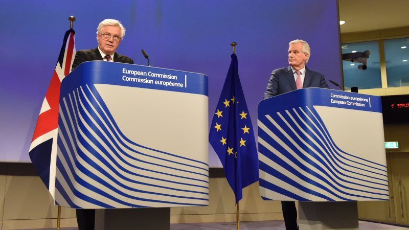 David Davis i Michel Barnier, źródło: EC Audiovisual Services
