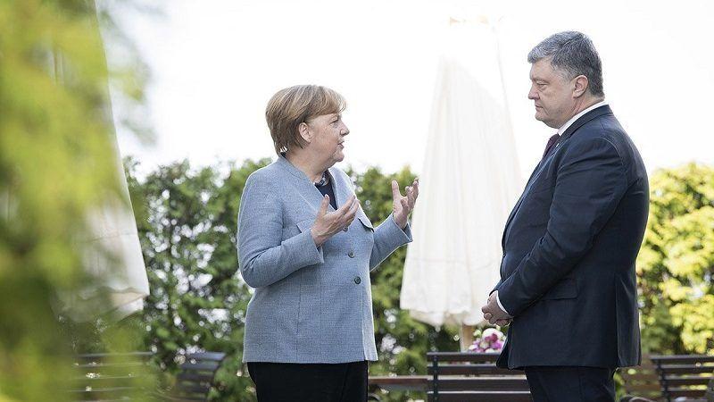 Kanclerz Angela Merkel i prezydent Poroszenko, źródło https://twitter.com/regsprecher