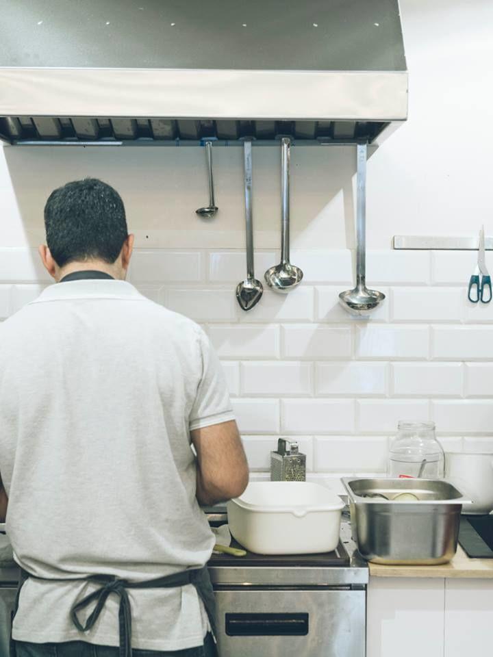 Przygotowywanie posiłków w Kuchni Konfliktu, fot. Dominika Jaruga