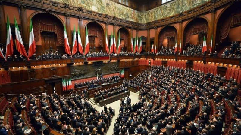 Sala plenarna Izby Deputowanych, źródło: Wikipedia/Presidenza della Repubblica