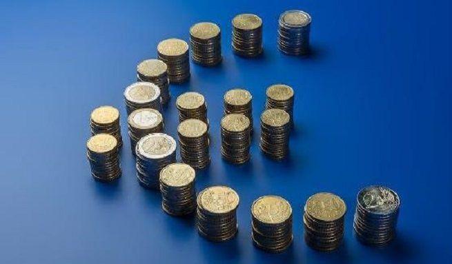 euro-symbol z monet, źródło KE