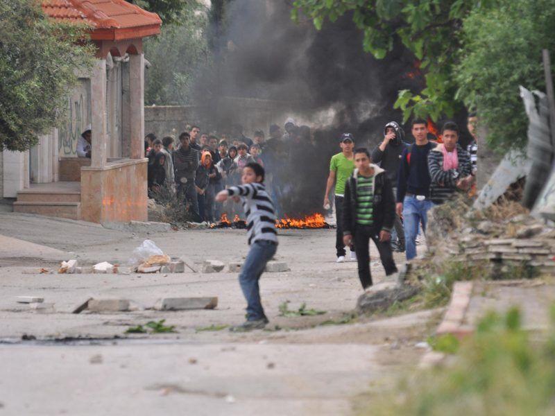 Palestyńscy manifestanci w okolicy Betlejem na Zachodnim Brzegu Jordanu, źródło: Israeli Defence Forces Spokesperson's Unit