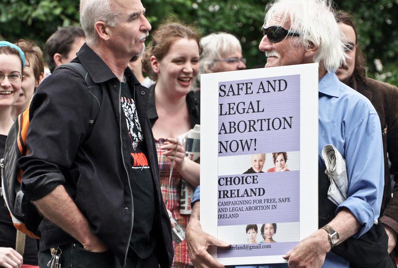 Manifestacja zwolenników liberalizacji prawa do aborcji w Irlandii, źródło: Flickr/fot. William Murphy