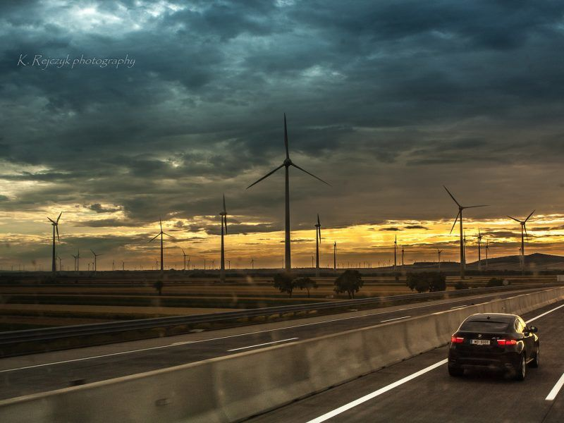 """""""Ryzyko klimatyczne jest zaskakująco często podejmowanym tematem przez prezesów spółek znajdujących się w obrocie publicznym..."""" źródło zdjęcia: www.flickr.com / euractiv.com"""