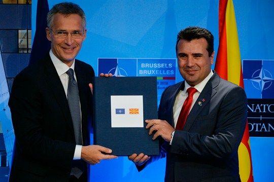 Premier Macedonii, Zoran Zaew i Sekretarz Generalny NATO, Jens Stoltenberg