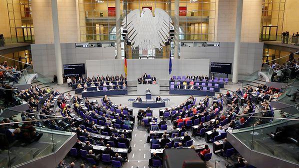 W ramach nowego budżetu Niemcy otrzymają około 20 proc. mniej środków z funduszy strukturalnych UE. Źródło: Bundestag