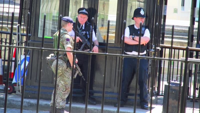 Według brytyjskich mediów w ataku nożownika w Glasgow zginęły conajmniej 3 osoby, źródło: Flickr, fot. David Holt (CC BY 2.0)