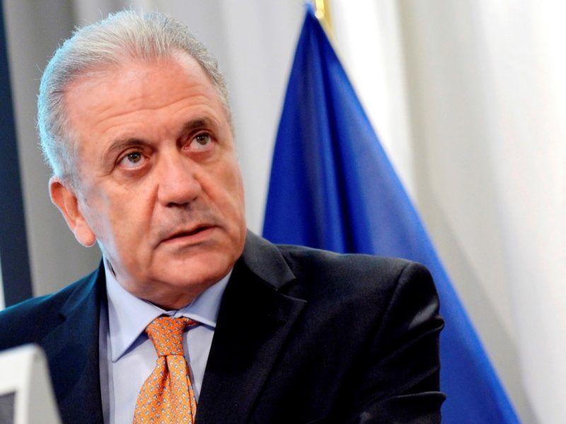 Komisarz ds. Migracji, Spraw Wewnętrznych i Obywatelstwa Dimitris Avramopoulos omówił z przedstawicielami hiszpańskiego rządu dalsze działania w celu ograniczenia napływu migrantów. Źródło: Komisja Europejska