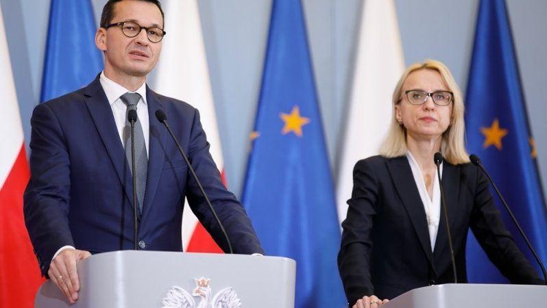Premier Morawiecki i minister finansów Teresa Czerwińska, konf. pras., źródło Krystian Maj KPRM