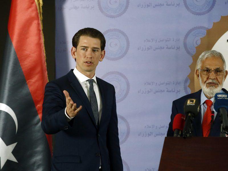 Kanclerz Austrii Sebastian Kurz oraz minister spraw zagranicznych Libii Mohamed al-Taher Siala, źródło: Flickr/Bundesministerium für Europa, Integration und Äußeres, fot. Dragan Tatic