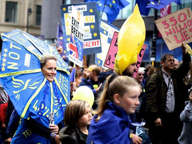 Manifestacja przeciwników brexitu, źródło: Wikipedia, fot. Ilovetheeu