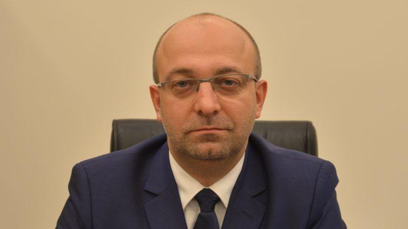 Wiceminister sprawiedliwości Łukasz-Piebiak, źródło: ms.gov.pl
