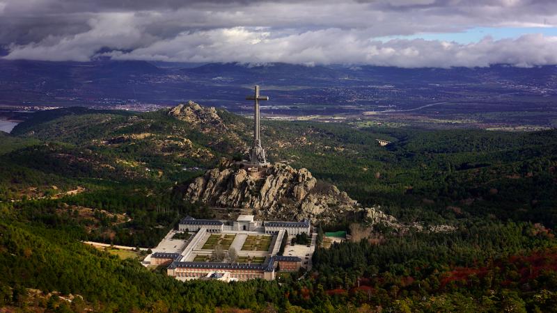Dolina Poległych, źródło: Wikipedia, fot. Jorge Díaz Bes