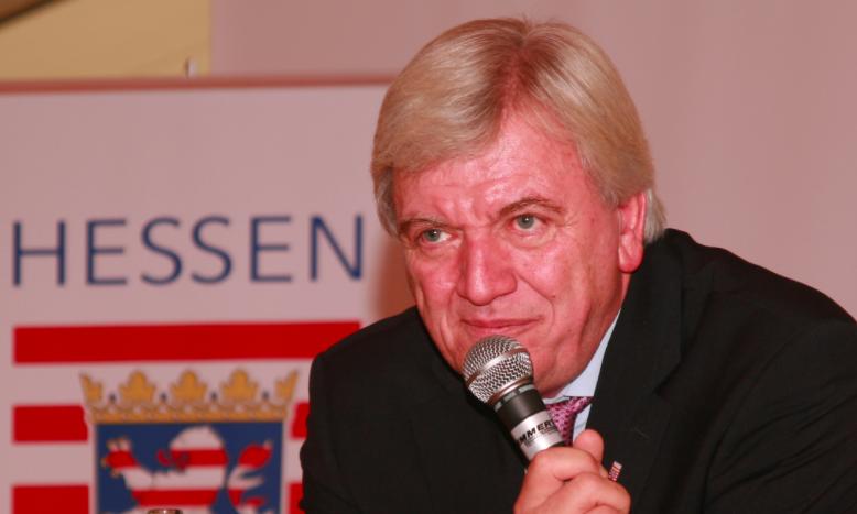 Premier Hesji Volker Bouffier, © Emha / Wikimedia Commons / CC-BY-SA-3.0-DE