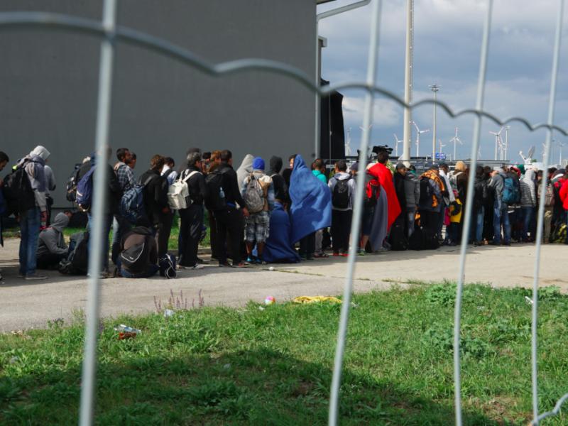 Uchodźcy na granicy węgierskiej we wrześniu 2015 r., źródło: Wikipedia, fot. Mstyslav Chernov