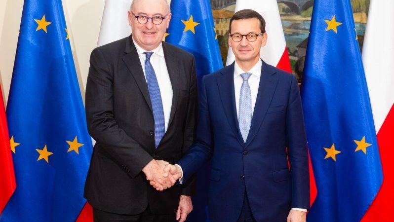 Premier Mateusz Morawiecki i komisarz UE ds. rolnictwa Phil Hogan, źródło Adam Guz KPRM