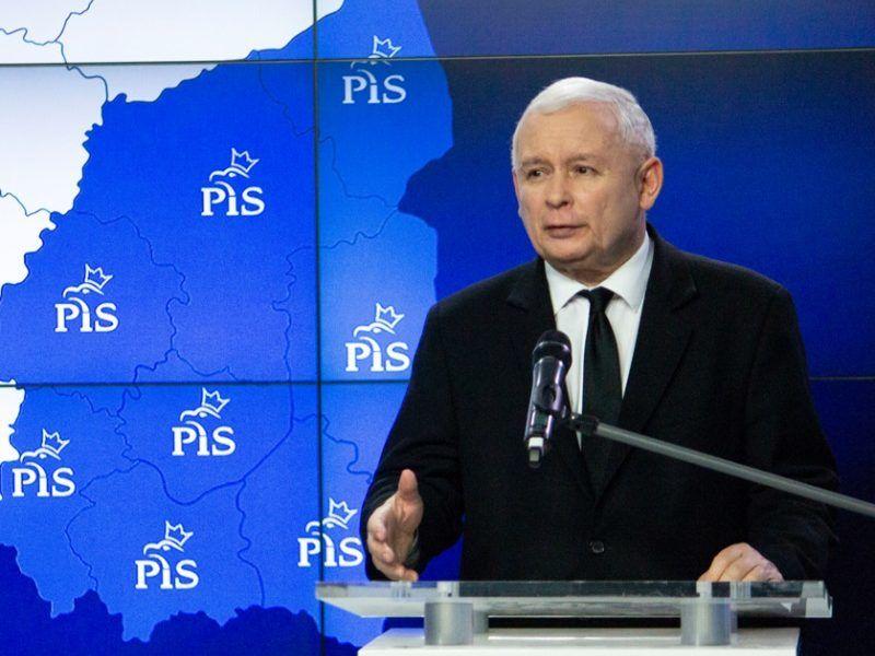 Prezes PiS Jarosław Kaczyński po II turze wyborów samorządowych, źródło pis.org