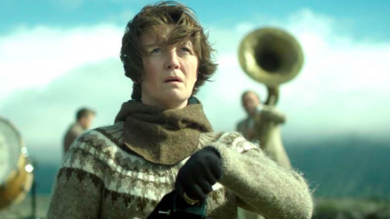 """Kadr z filmu """"Kobieta idzie na wojnę"""", źródło: Parlament Europejski"""