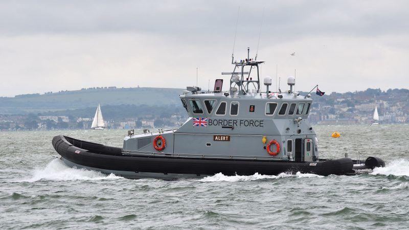 Łódź patrolowa brytyjskiej straży granicznej, źródło: Flickr, fot. Max Speed
