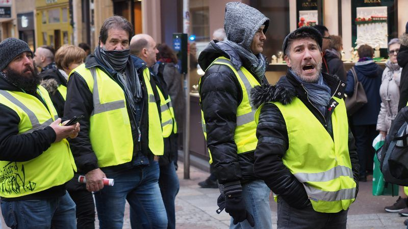 """Manifestacja """"żółtych kamizelek"""" w Metz, źródło: Flickr, fot. Dmitry Dzhus"""