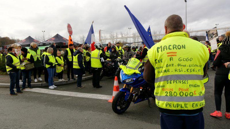 """Protest """"żółtych kamizelek"""", źródło: Flickr, fot. Thomas Bresson"""