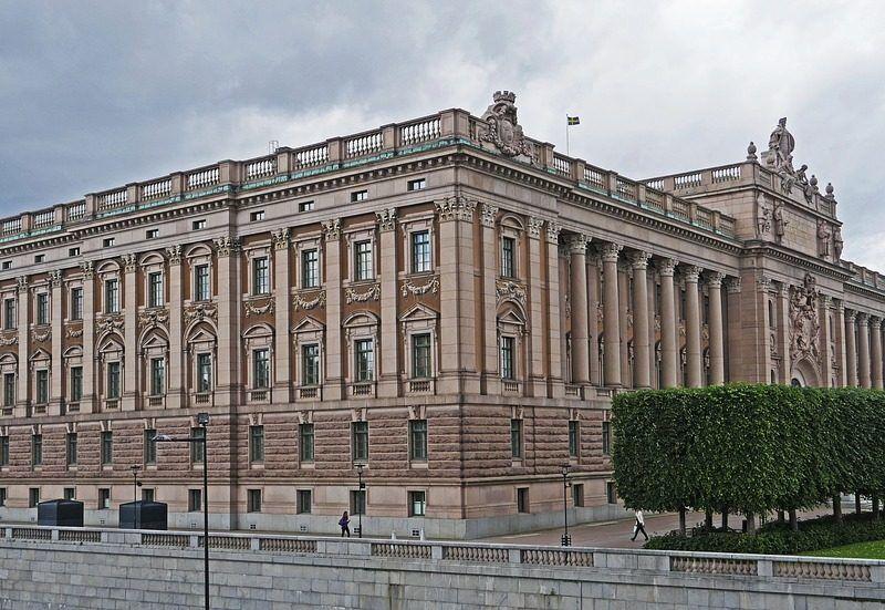 Budynek parlamentu Szwecji, źródło: Pixabay/hpgruesen