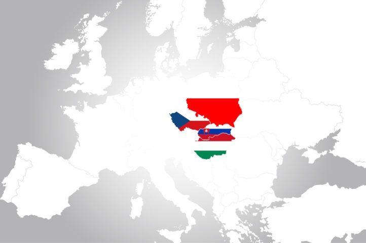 Mapa V4 w kolorach flag państw członkowskich, źródło euractiv.com za shutterstock