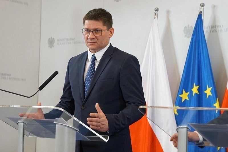 Główny lekarz weterynarii Paweł Niemczuk, źródło minrol.gov