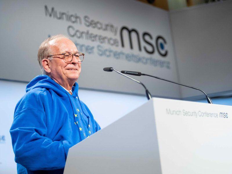 Wolfgang Ischinger podczas otwierającego monachijska konferencję przemówienia via twitter @ischinger