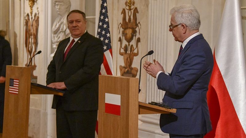 Konferencja prasowa Mike`a Pompeo i Jacka Czaputowicza w Warszawie, źródło State Department by Ron Przysucha Public Domain
