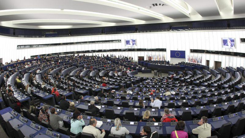 Sala obrad Parlamentu Europejskiego w Strasbourgu, źródło: Flickr/European Parliament