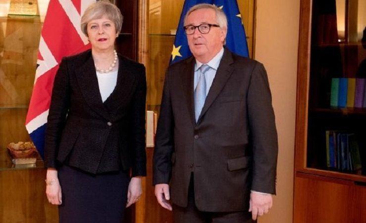 Brytyjska premier Theresa May i szef KE Jean-Claude Juncker, źródło KE