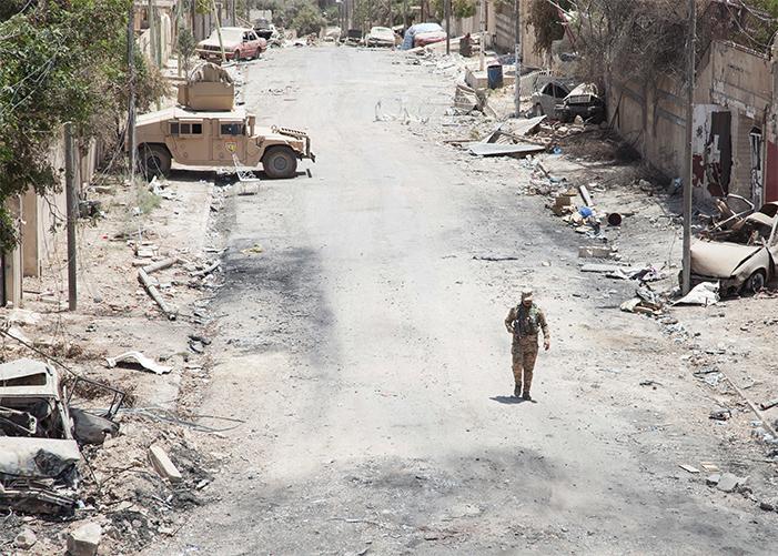 Iracka armia podczas walk z Państwem Islamskim w Mosulu w czerwcu 2017 r., źródło: U.S. Army, fot. Cpl. Rachel Diehm
