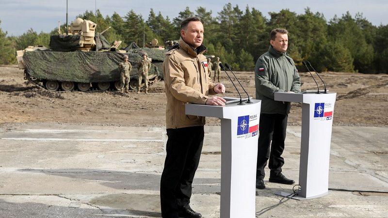 Prezydent Andrzej Duda i szef MON Mariusz Błaszczak - 20. rocznica Polski w NATO, źródło Jakub Szymczuk KPRP