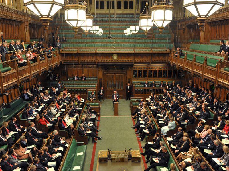 Sala obrad Izby Gmin, źródło: Flickr/UK Parliament, fot. Catherine Bebbington (www.parliament.uk)