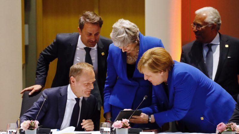 Od lewej: Przewodniczący Rady Europejskiej Donald Tusk, premier Luksemburga Xavier Bettel, premier Wielkiej Brytanii Theresa May oraz kanclerz Niemiec Angela Merkel, źródło: European Council (www.consilium.europa.eu)