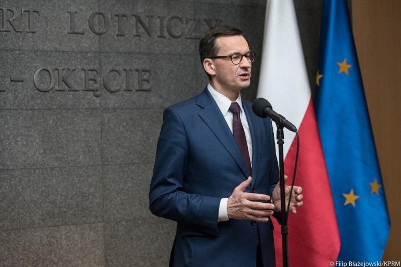 Konferencja prasowa premiera Mateusza Morawieckiego na Okęciu, źródło Filip Blażejowski KPRM