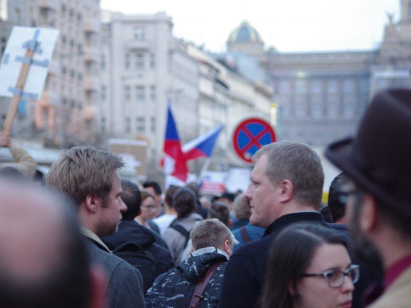 Protest na Placu Wacława w Pradze, źródło: Wikipedia, fot. svobodat (CC BY 4.0)